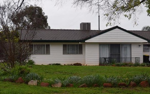 28 Hodges Street, Parkes NSW 2870