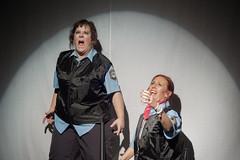 la45-cliccultural-10 (david m busto) Tags: argentina bahiablanca cops faces femicidio feminism feminismo genero la45 niunamenos nosqueremosvivas panaderia police policia propato rope rostros scene signs soga teatro theatre vigier womencops bahíablanca buenosaires 54