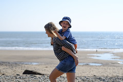 Family Beach Time - DSCF2701 (s0ulsurfing) Tags: s0ulsurfing 2017 april isle wight beach coast compton family