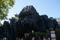 """Universal Studios, Florida: Skull Island: Reign of Kong • <a style=""""font-size:0.8em;"""" href=""""http://www.flickr.com/photos/28558260@N04/34587951092/"""" target=""""_blank"""">View on Flickr</a>"""