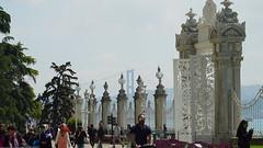 #dolmabahçe palace (keskinejder) Tags: dolmabahçe
