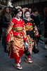 Kyoto, Japan ({heruman}) Tags: kyoto gion japan maiko geisha tourists germanvidal fuji fujifilm 1855mm xe1 color vertical 2x3