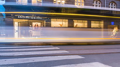 waiting (maka3110) Tags: innsbruck longexposure langzeitbelichtung lichtmalerei bus tirol intimissimi strasse nikon sigma1770 abend nacht