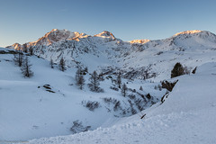Sorge il sole (cesco.pb) Tags: simplonpass simplon passodelsempione switzerland svizzera dawn sunrise montagna mountains canon canoneos60d tamronsp1750mmf28xrdiiivcld