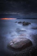 Low Light I (jens_liquen) Tags: alegria ander arribolas spain marina seascape bizkaia low light paísvasco euskadi rocks longexposure sunrise amanecer blue hour