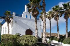 Lanzarote (Canaries/Espagne) (PierreG_09) Tags: lanzarote canaries espagne ile volcan lacorona volcanique désertique ye église clocher palmier