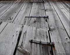 Hinged (John Neziol) Tags: jrneziolphotography nikondslr nikon nikoncamera barn old outdoors ontario oldbarn rusted rusty structure wood barnboard hinge hinges rustic weathered abandoned