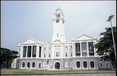 Victoria Hall - Singapore (waex99) Tags: 160vc 2017 kodak leica m6 may protra singapore lugs building landmark victoria batiment architecture hall film patrimoine heritage analog colonial vc concert 21mmf4 color skopar