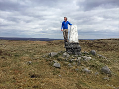 17 of 52 trig points (Ron Layters) Tags: 2017 ronlayters selfportrait 52trigpoints theedge trigpoint kinderscout erosion erodedbase moor bleaklowinthedistance moorland grass heather restoration remote landscape pillar tp6378 fbs3443 peakdistrict peakdistrictnationalpark hayfield derbyshire england unitedkingdom 52weeks 52 phonecamera iphone apple appleiphone6 selftimer tripod 10secondtimer weekseventeen week17 17