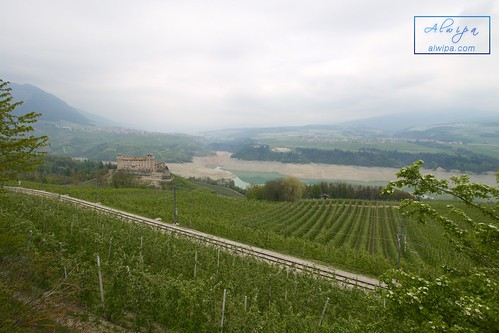 """Cles - Val di Non • <a style=""""font-size:0.8em;"""" href=""""http://www.flickr.com/photos/104879414@N07/34030165040/"""" target=""""_blank"""">View on Flickr</a>"""