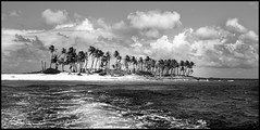 Dr   NO   ISLAND  ( JAMES BOND MOVIE ) (J.P.B) Tags: drno island bahamas nassau monochrome clouds nuages île sand sable leica