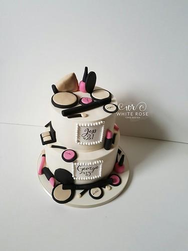 Make Up Themed Birthday Cake By White Rose Cake Design Cake Maker