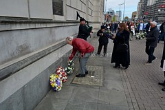 wreath laying (James O'Hanlon) Tags: international workers memorial day internationalworkersmemorialday service liverpool 2017 malcolmkennedy deputy mayor cllr malcolm kennedy wreath public pier head georges dock mersey tunnel