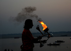 LEAD KINDLY LIGHT (GOPAN G. NAIR [ GOPS Photography ]) Tags: gopsorg gopangnair gops gopsphotography light lamp ganga aarti pooja puja worship india varanasi kashi