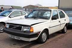 D723 YDX (1) (Nivek.Old.Gold) Tags: 1986 volvo 340 gl 17 5door ariesgarage rushmere ipswich aca