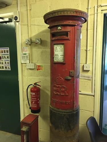 Edward VIII post box