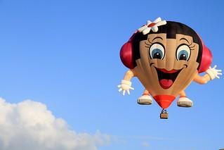 Smiling air-balloon