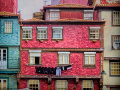 The Red House (Colormaniac too) Tags: architecture porto portugal europe cityscape redhouse redbuilding charmingarchitecture laundry seagulls red travel topaztextureeffects distressedtextures