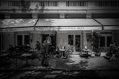 cafe montesol ibiza street (sonofphotography) Tags: sonofphotography tsphotoart blackandwhite bw street portrait photo shooting leica m240 35mm summilux beautiful ibiza sun shade people