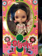 Shes HERE!!! Already!! My very first REAL EBL! Thank you ALL SO much for your support!💖 And she is the doll in the original listing pics (her right hair has the same stray hair and her dress is sitting off centre identically.)  I'm ENCHANT
