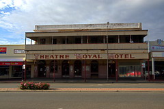 Theatre Royal Hotel (Leigh Wright) Tags: theatreroyalhotel nsw brokenhill australia pubs