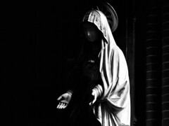 Maria (d_t_vos) Tags: maria church woman mother motherofgod motherofjesus statue hands contrast asking veil voile face nimbus aureole nose shadow column pillar leeuwarden bonifatiuskerk bonuifatius amelandshof fatima holy holyheart blackandwhite black stone schwarzweiss bw zwartwit monochrome sanctuary mothersday moederdag holyvirginmary mary virgin apparition manifestation churchinterior center dtvos dickvos