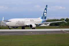 N248AK (jetsnprops) Tags: phl airplane jet philadelphiaairport alaska alaskaairlines n248ak boeing boeing737900 737 737900