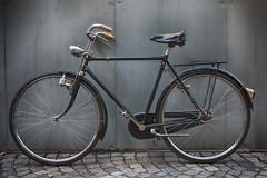 Bianchi_Lusso_03 (darerampage) Tags: bianchi bianchiextralusso bianchibicycles bianchibikes vintagebianchi biciclettabianchi biciclettebianchi ciclibianchi bianchimilano bicycle vintagebicycle vintagebike oldbicycle oldbike cycling biking 50sbikes citybike cyclingphoto bikeporn bicycleporn italianbicycle italianbike milanobicycle milanobike