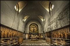 Abandoned N°7 (celestino2011) Tags: altare banchi chiesa monastero abbandono