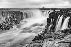 Iceland - Selfoss waterfall (cesbai1) Tags: is islande iceland islanda islandia black white noir et blanc bw nb selfoss waterfall chute deau pose lente longue long exposure