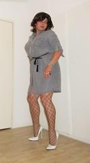 short denim dress with white pumps (Barb78ara) Tags: stilettoheels stilettohighheels stilettopumps highheels dress minidress jeans denim denimdress fishnets nylon nylons