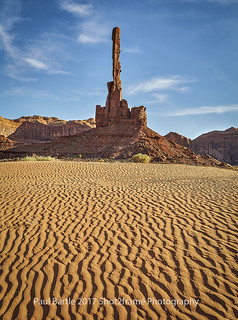 The Totem Vertical - Monument Valley - Utah