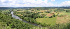 Vallée de la Dordogne (Ratatouye) Tags: domme dordogne vallée fleuve champ panorama