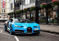 Bugatti Chiron cruising in London! (Aimery Dutheil photography) Tags: bug bugatti bugattichiron chiron bluewheels bluecarbon w16 turbo french london londoncars londonsupercars supercar exotic fast speed amazing canon 6d