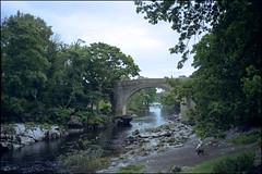 Devil's Bridge (Fotorob) Tags: anoniem engeland architecture cumbria verkeersbrug analoog brug wegenwaterbouwkwerken england architectura architectuur kirkbylonsdale