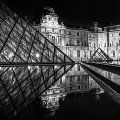 Le Louvre (antoinedubois) Tags: lelouvre louvremuseum museedulouvre pyramid louvrepyramid pyramidedulouvre paris noiretblanc blackandwhite night nightshot architecture archi reflet reflection museelouvre palaisdulouvre canon pro90 pro90is olddigitalcamera louvre