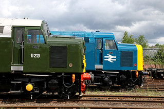A side profile of two Class 40's (in explore)