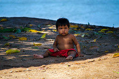 Pequeno Índio Javaé (Hari Haru) Tags: cantão tocantins araguaia indian índio javaé tribo indígena baby child brazil nature
