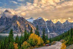 Autumn Gold (Philip Kuntz) Tags: sunset sundown dusk evening valleyofthetenpeaks roadtolakemoraine autumn fall scenichighway banff banffnationalpark alberta canada mtbabel