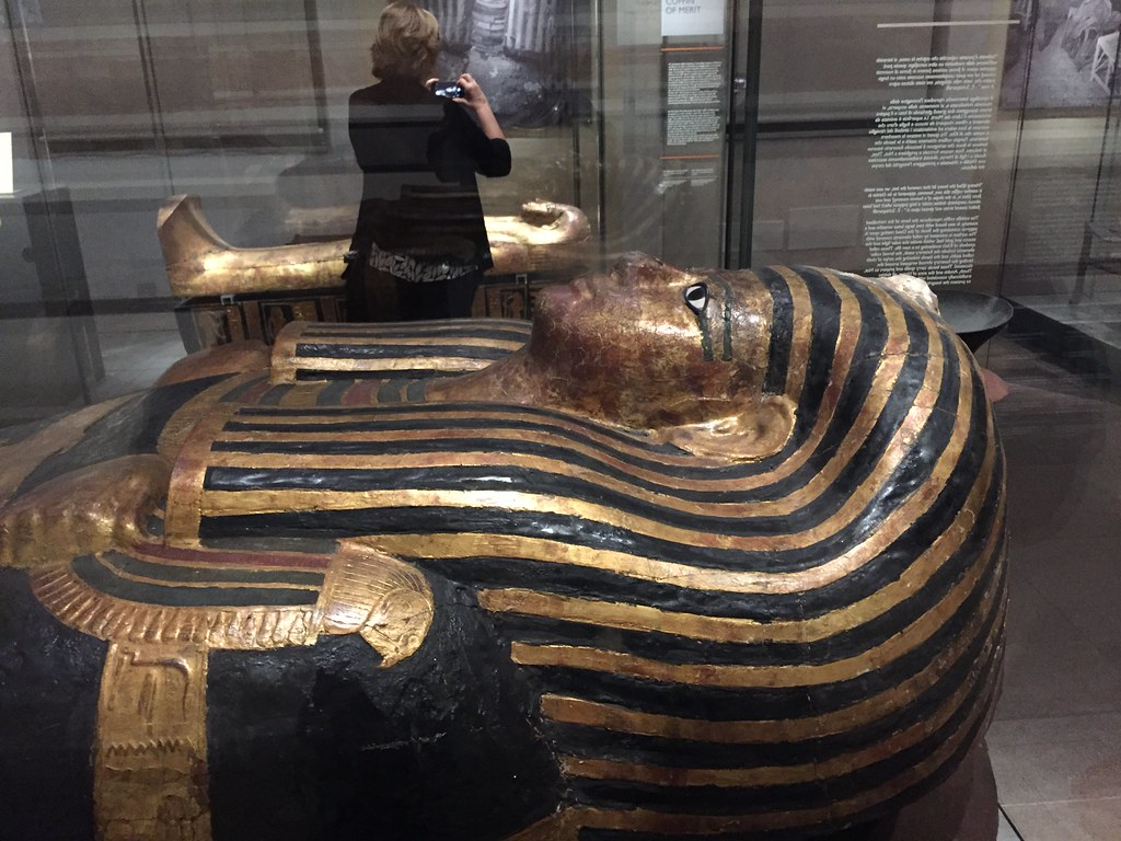 research paper on valley of the kings Essay/term paper: king tut essay, term paper, research paper: high school essays king nebkheperuru tutankhamun tomb was located in.
