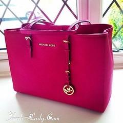 حقائب يد فاخرة باللون الوردي من ماركة Michael Kors (Arab.Lady) Tags: حقائب يد فاخرة باللون الوردي من ماركة michael kors