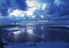 After Sun (Robert-Jan van Lotringen) Tags: netherlands terschelling wadden island beach horizon foam sundwon sunset blue unesco cloud clouds drama reflection man silhouette pink waddenzee friesland fryslân lonely solo