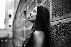 Prado (Julia L.S) Tags: girl cadiz andalucia spain españa populo girls chica chicas portrait 50mm18 50mm canon50mm18 retrato beautifulportraits landscape blackandwhite blancoynegro redlipstick