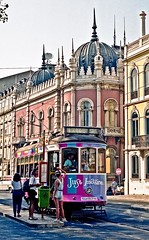Lisbon, Portugal, August 1991 (David Rostance) Tags: lisboa lisbon portugal tram carris 782 street people