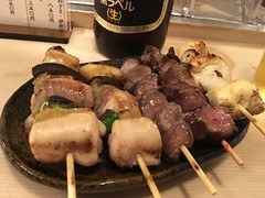 Assorted of chicken skewers from Ise @ kanda (Fuyuhiko) Tags: 伊勢 本店 assorted chicken skewers from ise kanda 焼鳥 神田 東京 tokyo