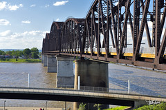 Big Four Bridge, Louisville, Kentucky (Troy Strane) Tags: bridge railroadbridge bigfour jeffersonville louisville indiana kentucky ohioriver abandoned walkway trail pedestrian nikon d810