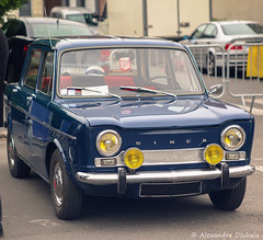 1967 Simca 1000 (Alexandre D_) Tags: canon eos 70d cars car automotive automobile auto voiture vehicles vehicule wheel roue oldlens vintagelens vintage old jupiter9 85mm simca simca1000 brenizer blue heninbeaumont france french nord pasdecalais hautsdefrance bokehrama lightroom russianlens soviet manualfocus manuallens m42 m42mount m39 oldies flickrunitedaward