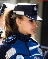 Policias Municipales. Desfile del 2 de Mayo 2017 (juanemergencias) Tags: chicagirlespañolaespañaspainretratoportraitmorenabrunetteguapaprettyspanishgirlnikonmadridmemolamadridmematamujerbeautifulleyesprettygirlmadridbeautywomanpolicepolicegirlpolicewomandesfileparadepoliciam polizei
