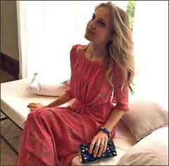 Irene Cioni brilla con la preziosa eleganza degli accessori super cool firmati Eles Ital (TV-Italia) Tags: irene cioni veline striscia la notizia