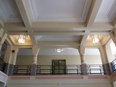 Faculté des Sciences Jean Perrin (Sam Nimitz) Tags: lens pasdecalais faculté faculty université university science architecture artdéco daum